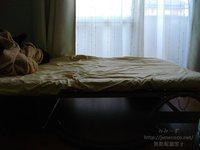 柵を外してすっきりしたベッド